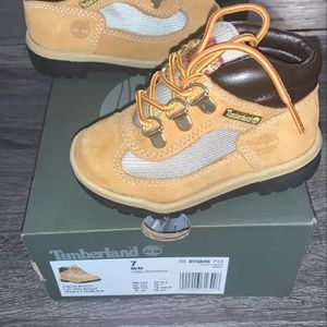 My Daughter Grew Out Of These Sneakers & Clothes for Sale in Philadelphia, PA