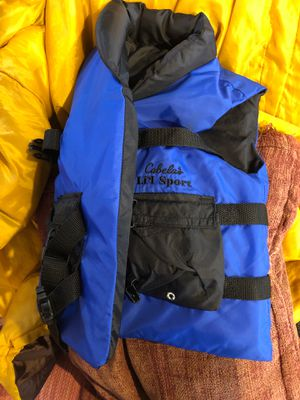 Little people life preservers. Good condition. $10 or best offer. Do you have a budding kayaker? Great xmas gift. for Sale in Virginia Beach, VA