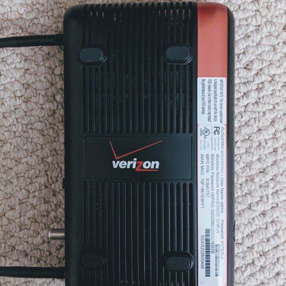 Verizon FIOS Actiontec MI424WR Rev I Router and D-Link DSL-6300V Modem