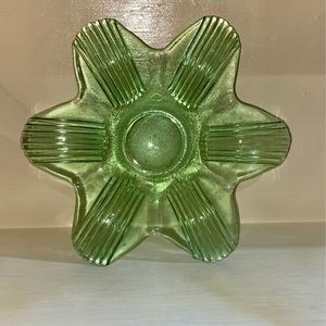 Green Dish/ashtray for Sale in Baywood-Los Osos, CA
