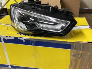 Audi A5 S5 headlight 2015 for Sale in Fremont, CA