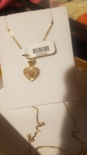 Real gold 14k ( Cadena de oro para mujer oro de 14k Italiano) for Sale in Manassas, VA