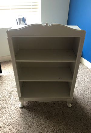 White Book Shelf for Sale in Columbus, OH