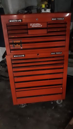 MAC TOOLS roll around tool box for Sale in Columbus, OH