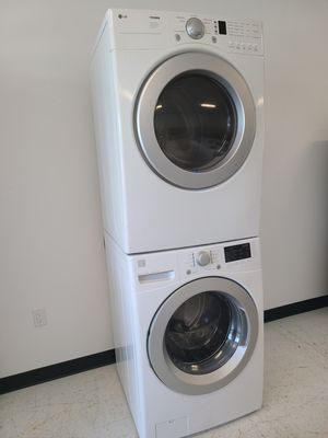Kenmore front load washer and electric dryer mix and match set used in good condition with 90 days warranty for Sale in Mount Rainier, MD
