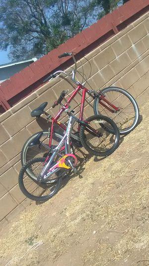 Bikes red diamon back grey schwinn for Sale in Imperial Beach, CA