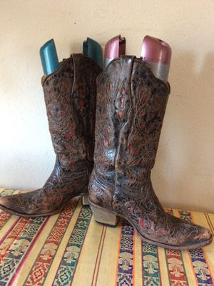Vintage cowboy boots cutout red/black Sz 8.5 for Sale in Lafayette, CO