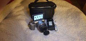 Sony NEX 5T wifi & nfc w/16mm-50mm lens for Sale in Fresno, CA