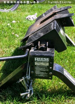 Reese 14k 5th wheel hitch for Sale in Melville, NY