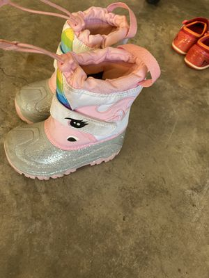 Snow boots size 9 for Sale in Woodbridge, VA