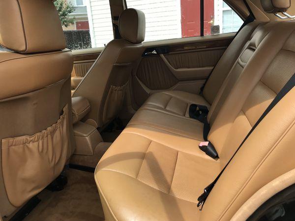 Mercedes Benz e 300