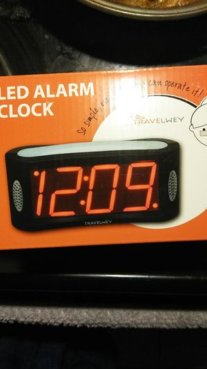 Travelwey digital alarm clock new for Sale in Saint Petersburg, FL