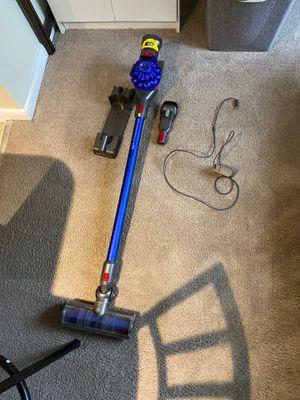 Dyson V7 Motorhead origin Vacuum for Sale in Alexandria, VA