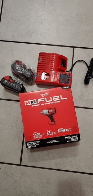 MILWAUKEE M18 VT FUEL BRUSHLESS IMPACT WRENCH 1400 FT TORQUE W 2 BATTERIES AND CHARGER SET NEW NUEVO for Sale in Long Beach, CA