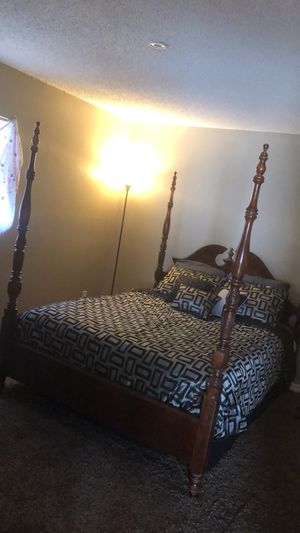 Dresser with mirror with bed frame and box spring for Sale in Port Richey, FL