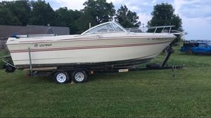 23 foot Larson. for Sale in Thornville, OH