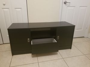 TV stand $70 for Sale in Hialeah, FL