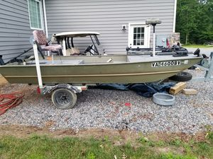14 ft john boat.... with trailer and a bunch of upgrades for Sale in Chesterfield, VA