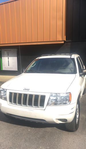 Jeep gran cherokee 2004 for Sale in Nashville, TN