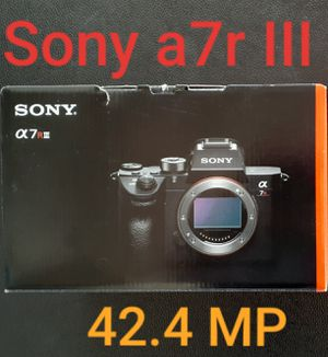 Sony 42.4mp, a7riii, a7r3, Full Frame Camera in box for Sale in Miami, FL
