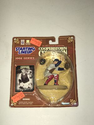 1998- Kenner- Starting Lineup- MLB- Cooperstown Collection- Yogi Berra #8- New York Yankees- Vintage Action Figure- W/ Trading card for Sale in Hayward, CA