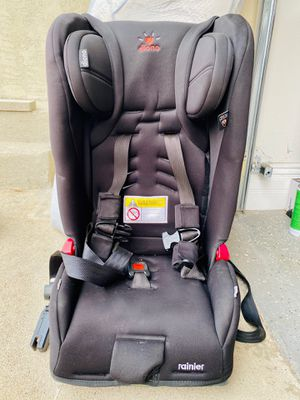 Diono Rainier Car Seat for Sale in Los Angeles, CA