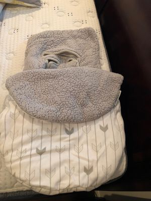 Infant Car Seat Cozy Cover for Sale in San Jacinto, CA