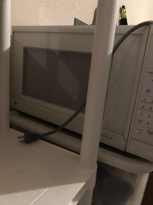 White kitchen appliances for Sale in San Antonio, TX
