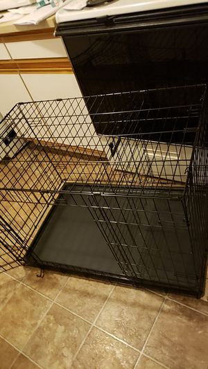 36 inche dog kennel. . for Sale in Portland, OR