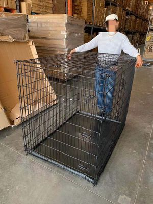 XXL 54x36x45 inches tall large 2 doors heavy duty dog cage crate kennel 200 lbs capacity assembly required some minor wear and tear jaula de perro for Sale in Los Angeles, CA