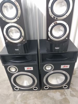 Speakers two heavy hitter sets for Sale in Las Vegas, NV