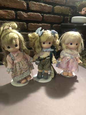 Five precious moments dolls for Sale in Brooklyn, NY
