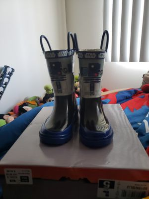 Star Wars Rain Boots *FREE item included for Sale in Hialeah, FL