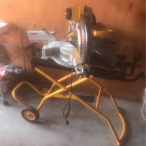 Slide miter saw with table for Sale in Union City, CA