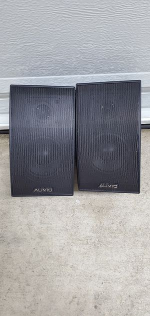"Two 6"" Auvio rear shelf speaker for Sale in Upland, CA"