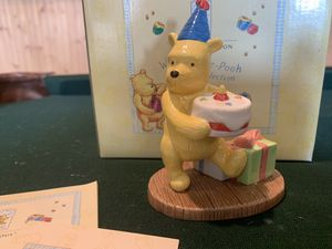 ROYAL DOULTON WINNIE THE POOH/ PRESENTS and PARTIES - Porcelain figurine-new in box for Sale in Anaheim, CA