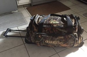 Gander Mountain rolling duffle bag for Sale in Whitehall, OH