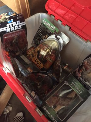 Box of Stars War action figures, collectables for Sale in Lakewood, CA