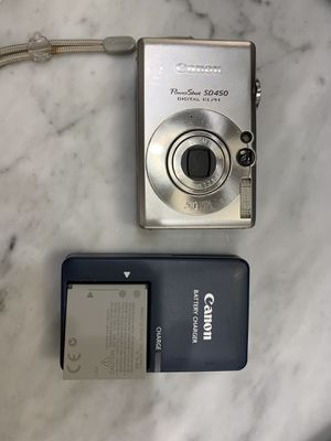 Canon PowerShot SD450 digital elph camera for Sale in Chicago, IL