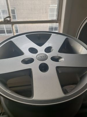 Jeep wheel for Sale in Baldwin, NY