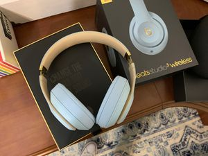 Beats by Dre Wireless Headphones for Sale in Sanger, CA