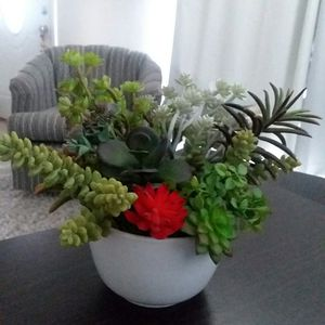 Succulent Garden in White Pot Artificial Fake Flowers Bouquet Plant for Sale in Sidney, NE