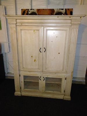 Vintage Old Style Look Solid Wood TV Stand Cabinet ~ for Sale in Fullerton, CA