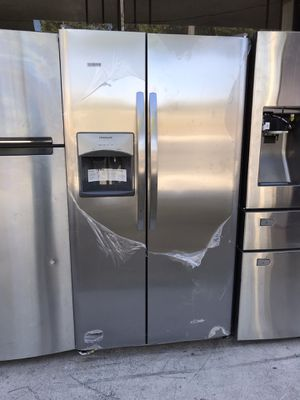side by side frigidaire for Sale in Los Angeles, CA