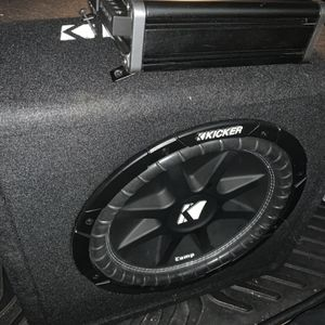 Subwoofer Kicker Amp Cxa300.1 for Sale in Norco, CA