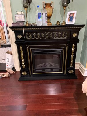 Fancy and Elegant Electrical Fireplace for Sale in Brooklyn, NY