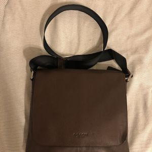 COACH: Authentic mens Brown leather Messenger bag for Sale in Covina, CA