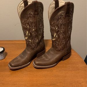 Womens Boots for Sale in Peoria, IL