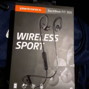 Plantronics Wireless Earbuds for Sale in Federal Way, WA