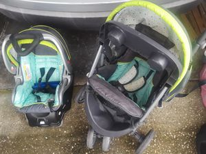 3 car seats & 2 strollers for sale for Sale in Orlando, FL